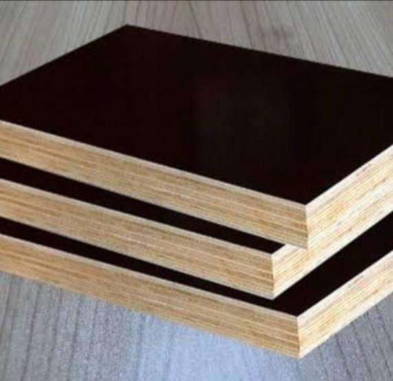 18 mm Filmli Plywood / 125x250 cm